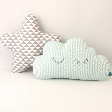 Cloud Pillow-Eyelashes